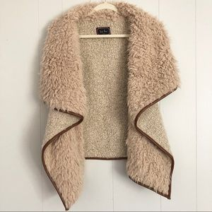 Love Tree wool blend Sherpa style fuzzy vest